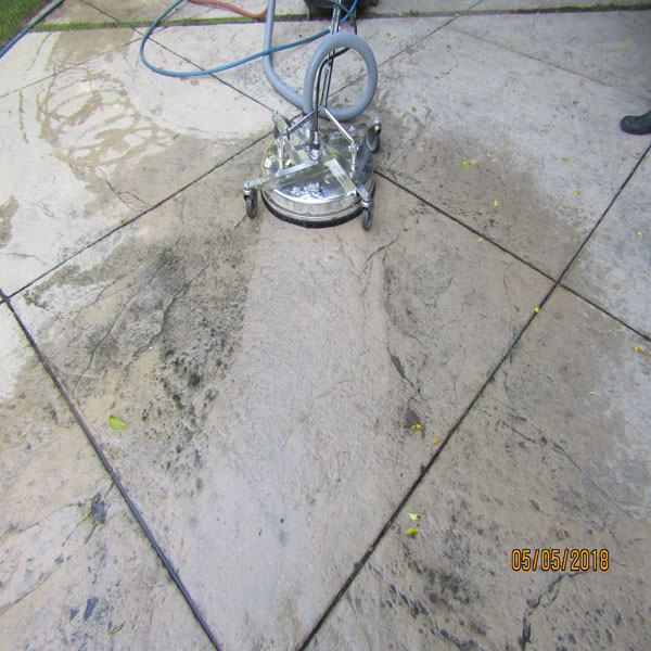 Driveway Cleaning-Driveway Pressure Washing